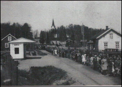 Bensinstasjonen 17. mai på 30-tallet