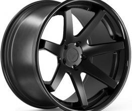 FERRADA FR1 MATTE BLACK / GLOSS BLACK LIP