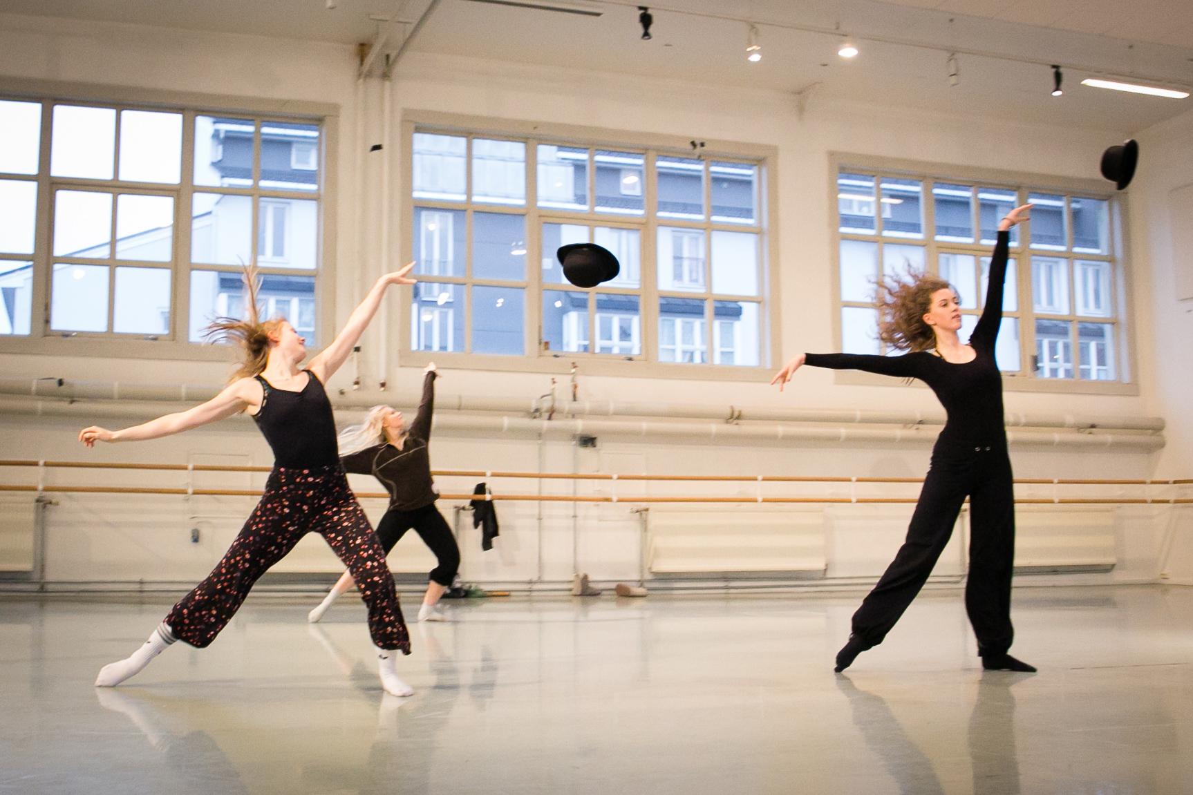 Norges dansehøyskole får toppscore i studiebarometeret for 2016