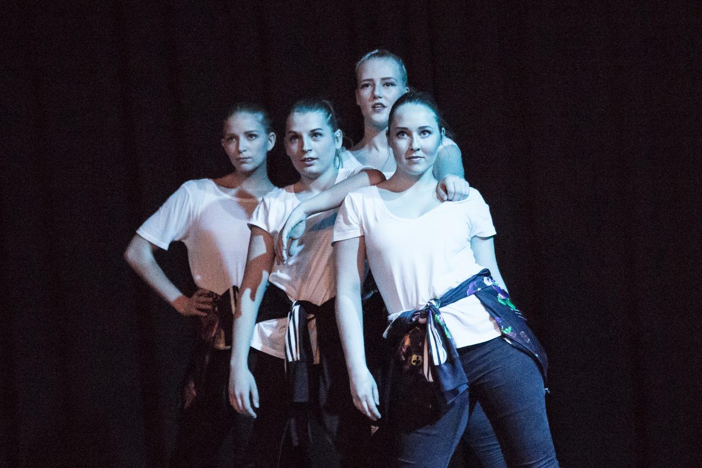 Dansestunt under Playroom Festival!